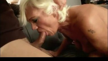 anal,blondes